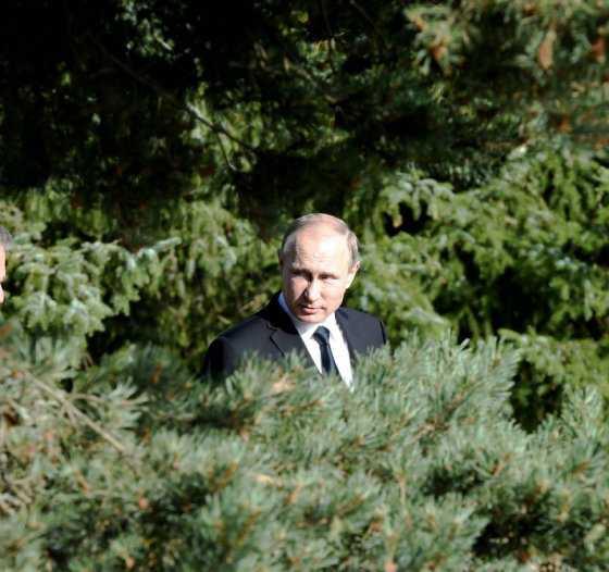 Putin, con licencia para espiar