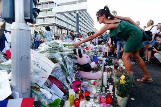 Hablan los testigos del atentado en Niza