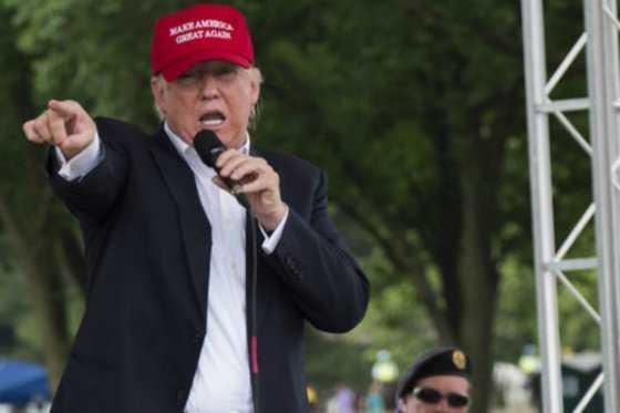 Trump busca un botón de reiniciar para su campaña