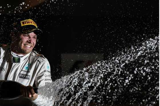 Nico Rosberg se quedó con el Gran Premio de Singapur