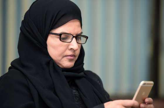 """Miles de mujeres en Arabia Saudita piden salir a la calle sin un """"tutor"""""""