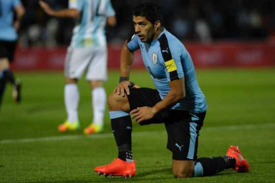 Luis Suárez no jugaría contra Colombia en Barranquilla