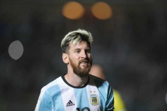 El Manchester City estaría dispuesto a pagar 233 millones de euros por Messi