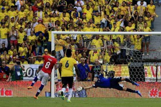 Sudamérica se paraliza con los duelos Brasil ante Argentina y Colombia frente a Chile