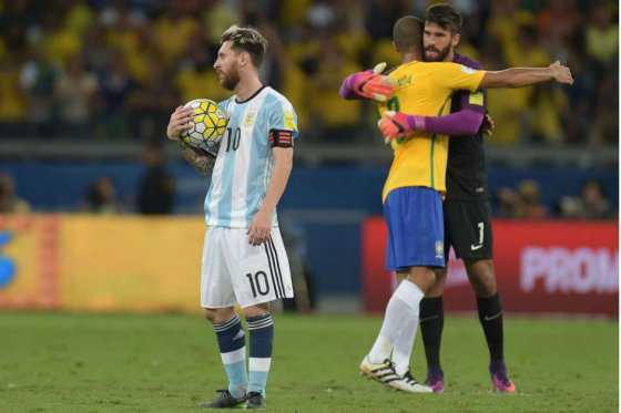 """Tenemos que salir de esta mierda"": Messi"