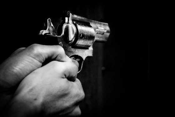 Pareja de adolescentes rusos se suicidó tras disparar contra policías