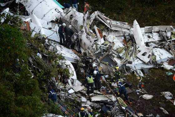 Bolivia halla primeros indicios de irregularidades de la aerolínea que transportó al Chapecoense