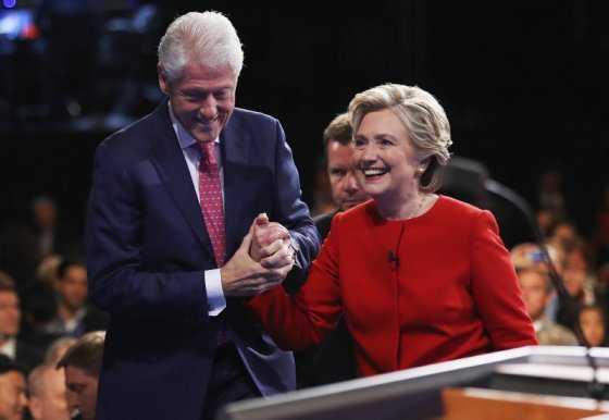 Trump ataca en Twitter al expresidente Bill Clinton