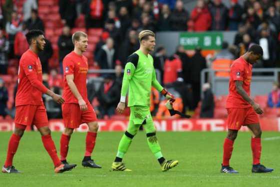 Liverpool, a salir de la crisis y frenar al Chelsea