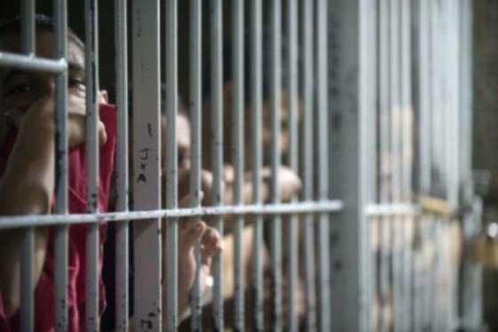 Guerra entre presos deja 60 muertos en Brasil