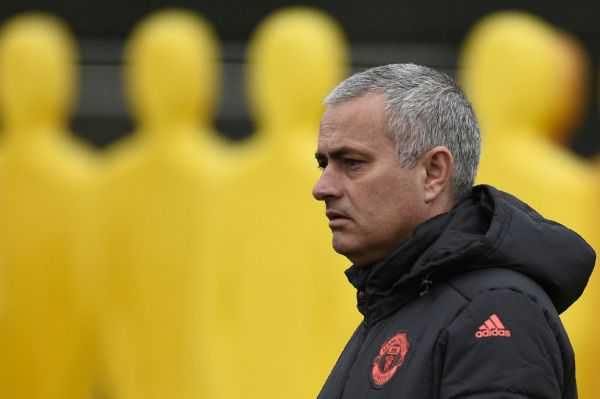 «Ranieri está pagando por su éxito»: Mourinho