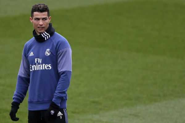 Cristiano Ronaldo se entrenó de forma diferenciada