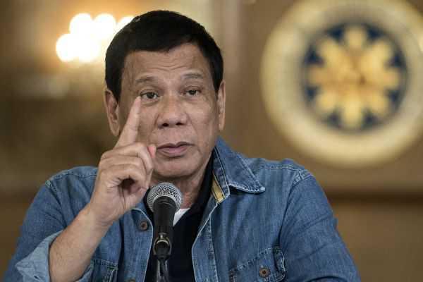 Presidente de Filipinas le dijo «idiota» a César Gaviria