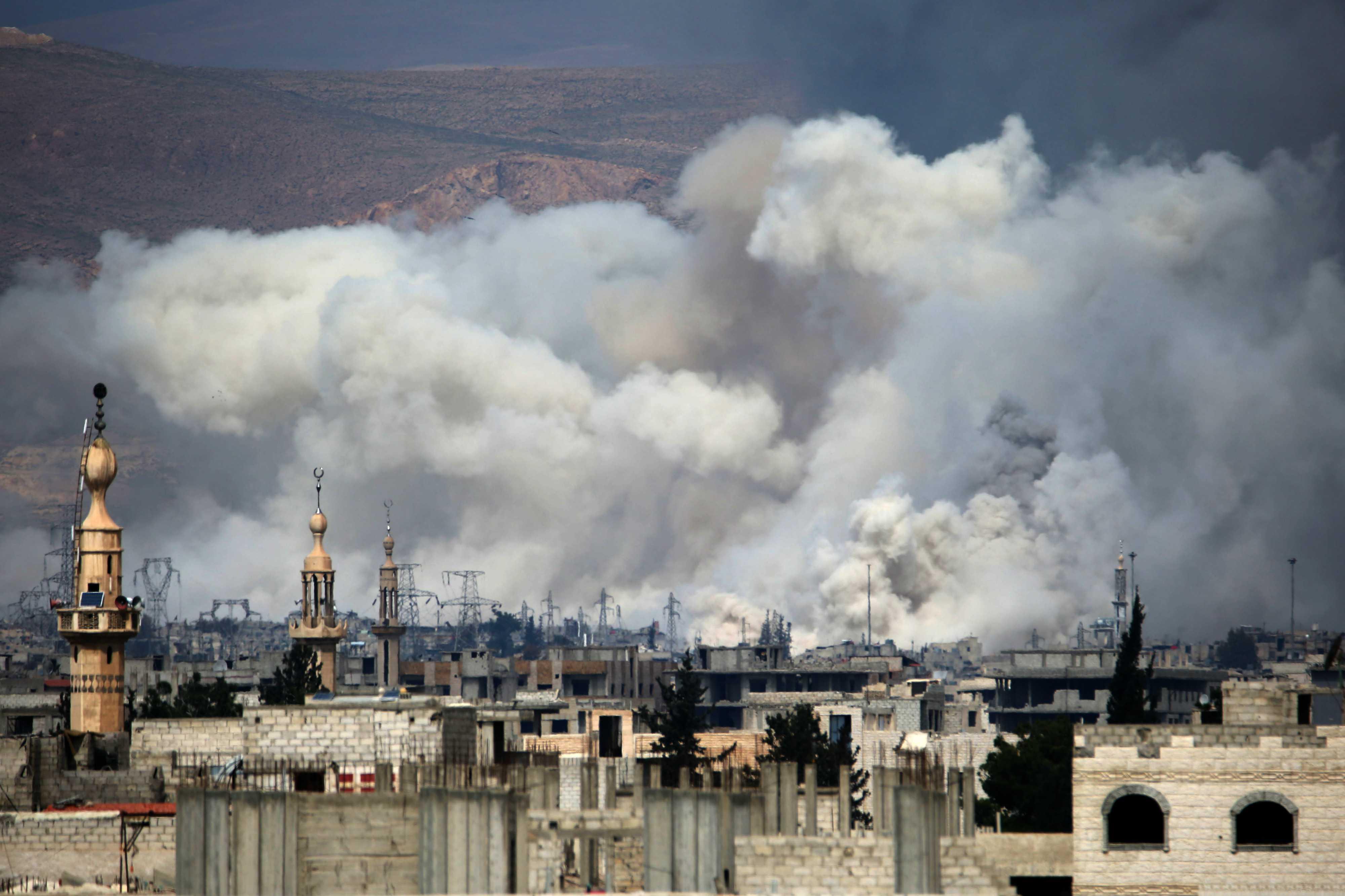 Al menos 14 niños mueren en bombardeos aéreos en Siria