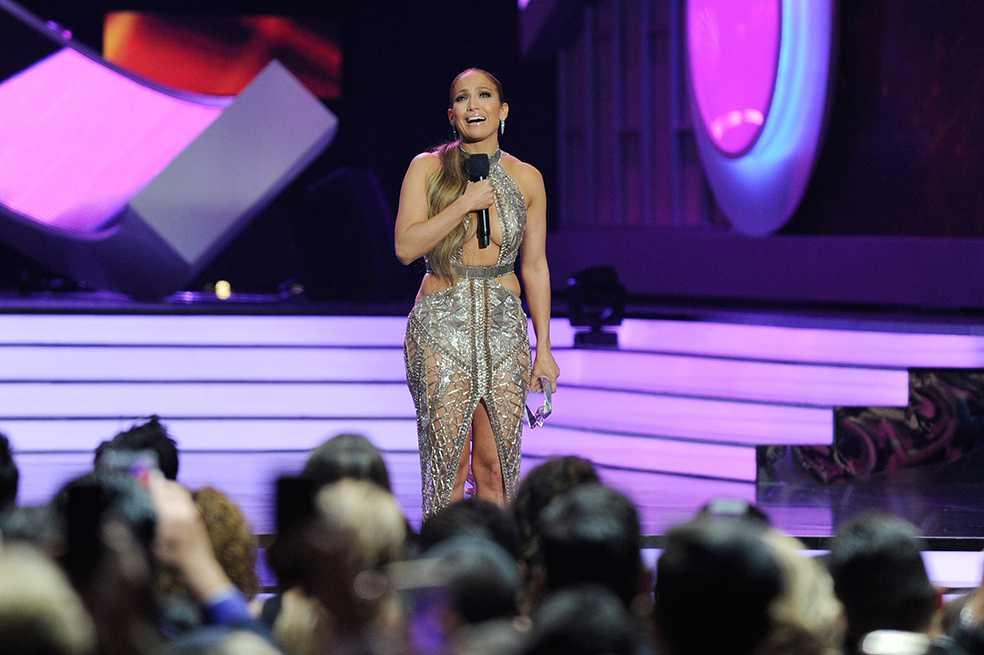 Jennifer Lopez estrenó nueva canción en español producida por Marc Anthony