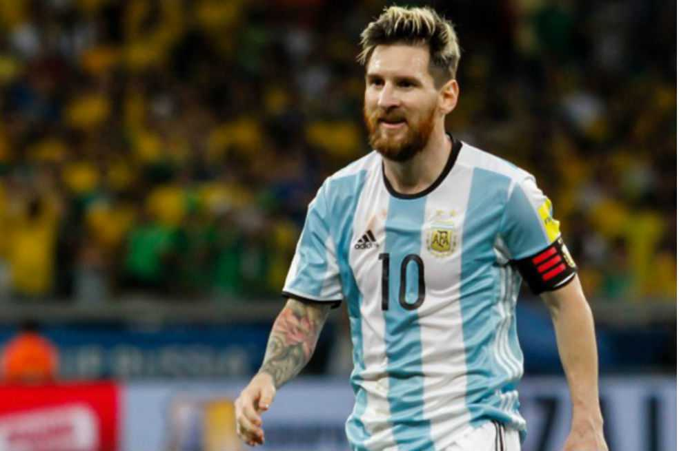 FIFA reducirá a dos juegos la sanción de Messi sí presenta a audiencia
