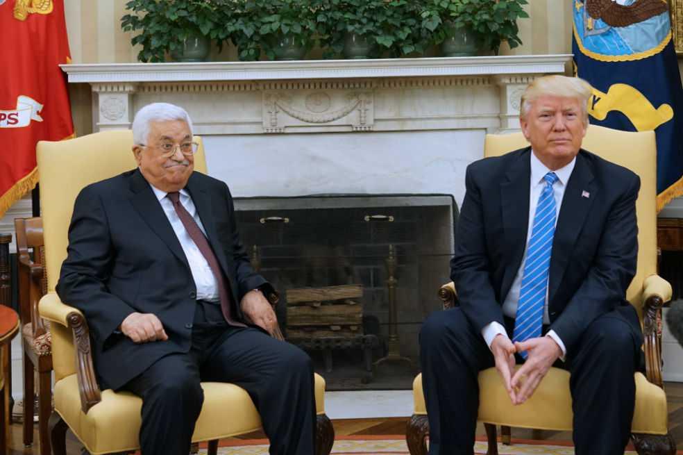 Trump recibe a líder palestino Mahmud Abas en la Casa Blanca