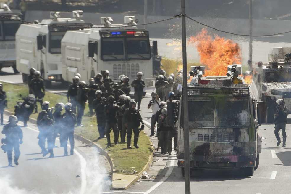 Hombre fue golpeado tras ser confundido con funcionario de Maduro