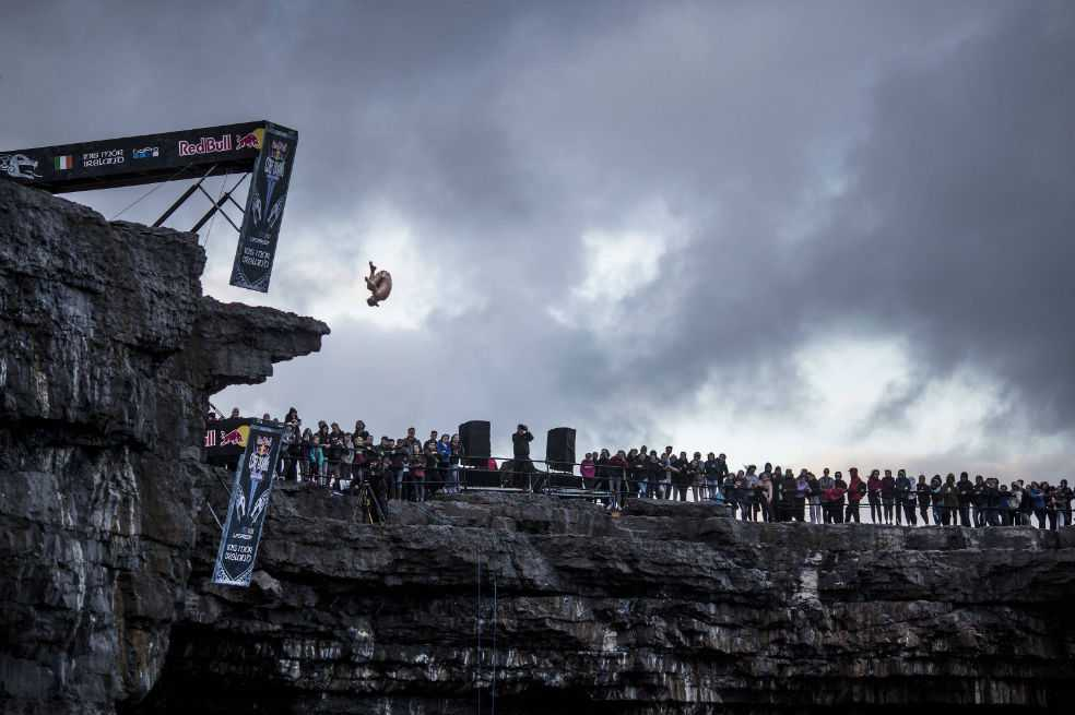 Orlando Duque fue cuarto en el Red Bull Cliff Diving World Series en Irlanda