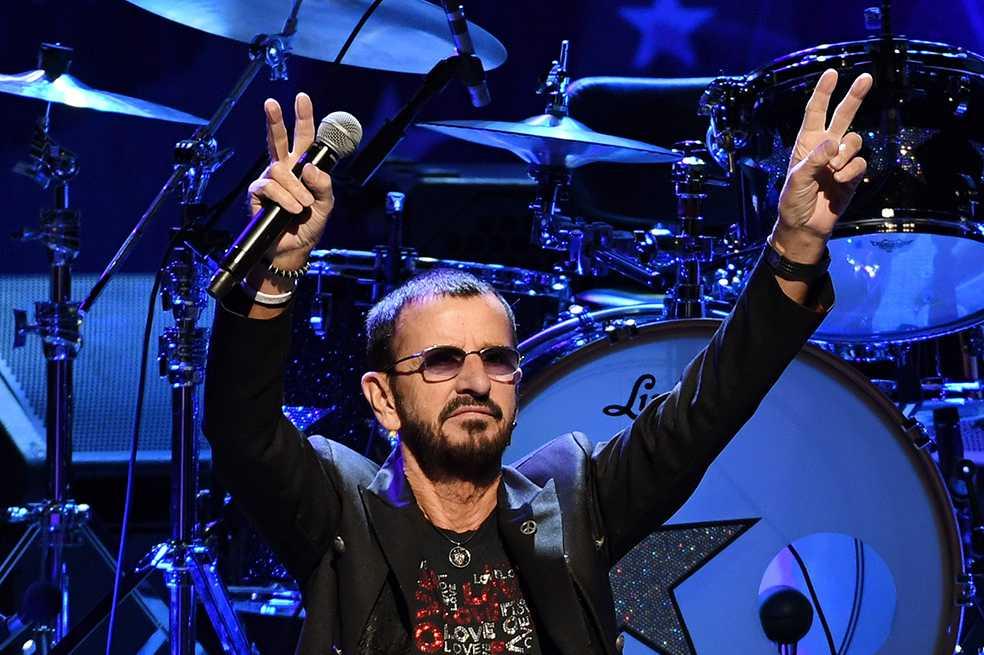 Ringo Starr celebra sus 77 años con la canción «Give More Love»