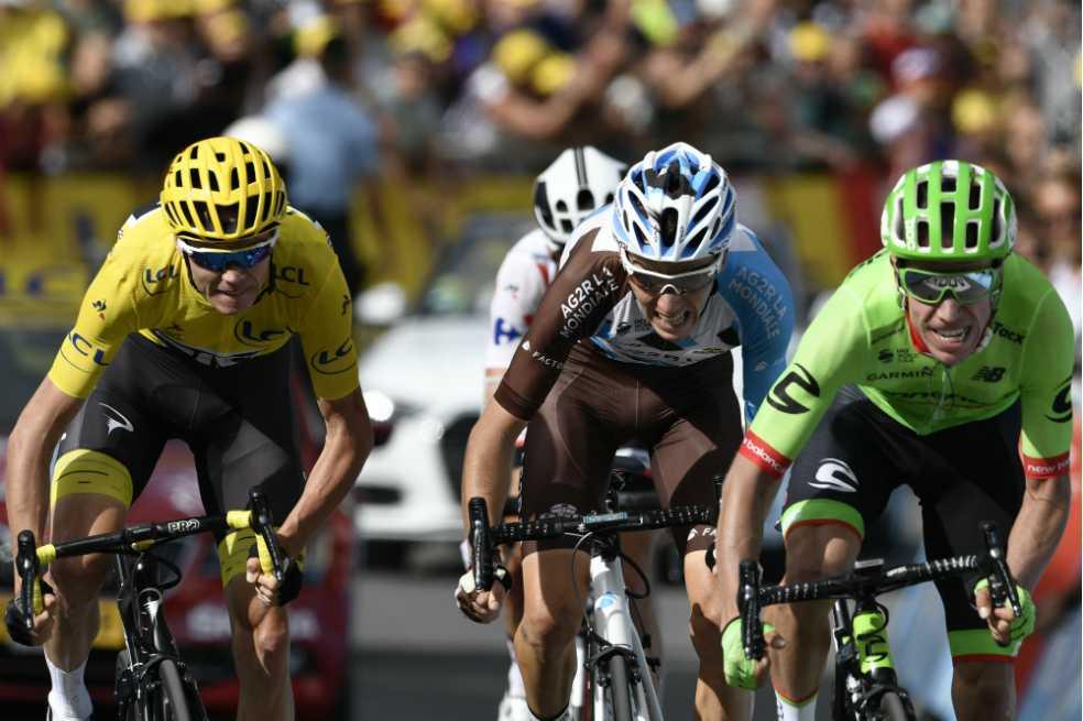 Rigoberto Urán asciende al segundo lugar del Tour de Francia
