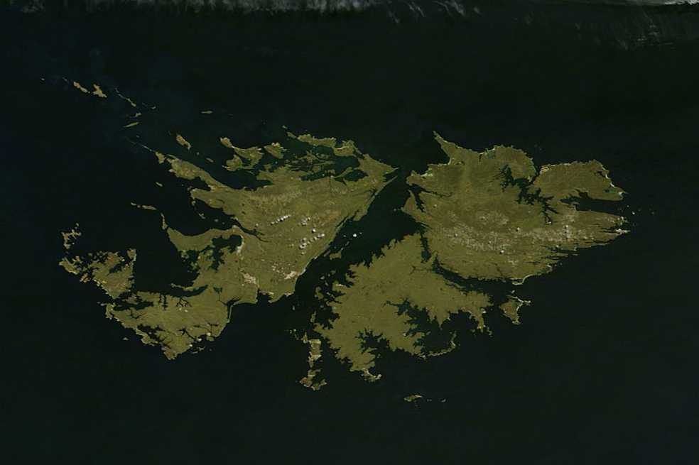 Treinta y cinco años después: empieza identificación de soldados caídos en Malvinas