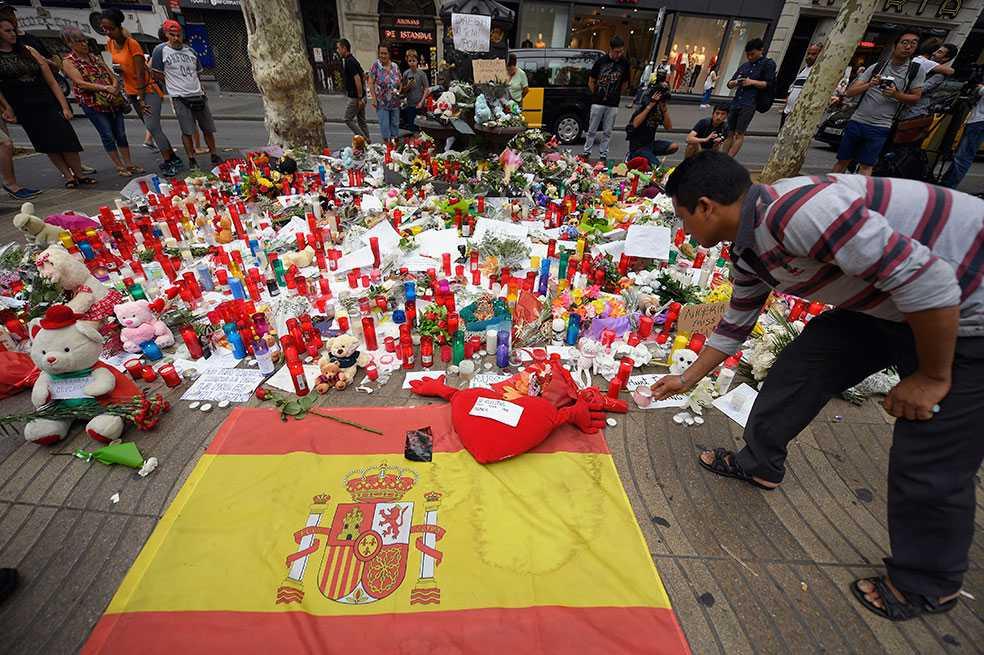 Estado Islámico dice que ataques en España fueron contra «cruzados y judíos»