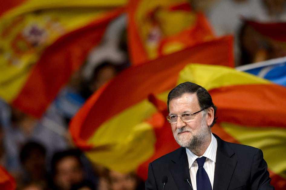 Rajoy promete inteligencia y firmeza ante posible ley referéndum en Cataluña