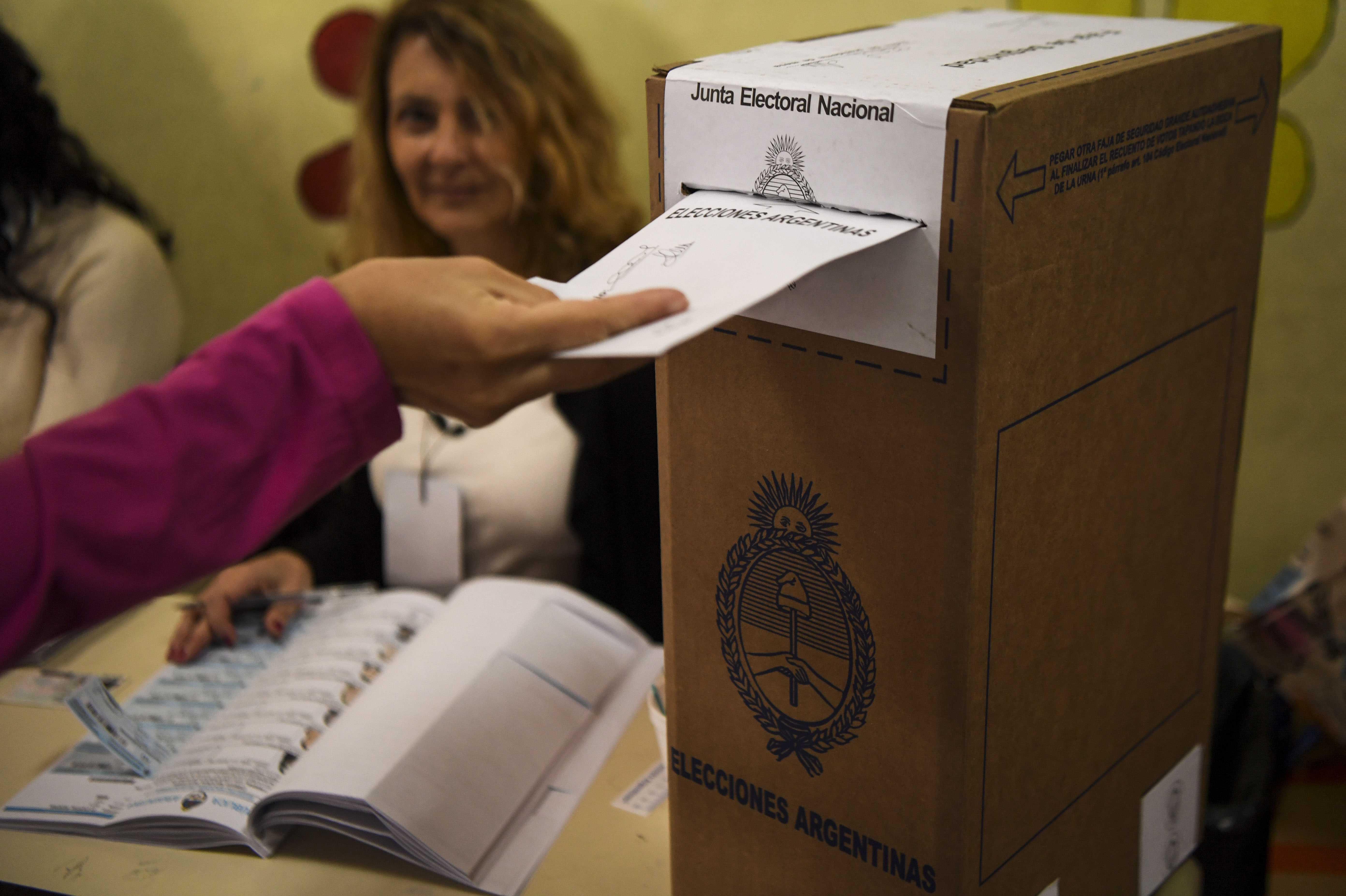 78 % del censo electoral votó en las legislativas argentinas