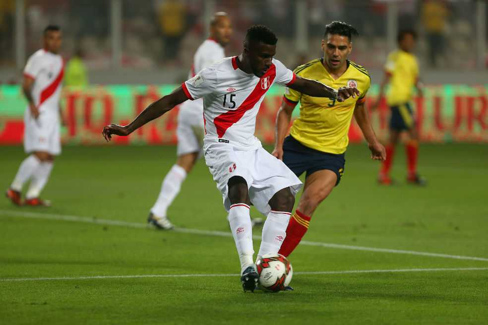 ¿Colombia acordó empate con Perú en los últimos minutos del partido?