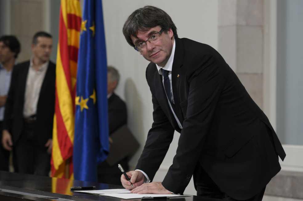 Grupos separatistas piden que se proclame la República catalana