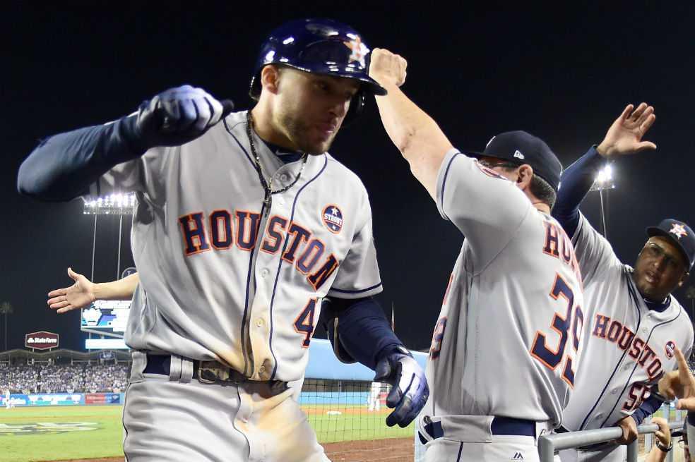Astros vencen a los Dodgers 7×6 en 11 innings y empatan la Serie Mundial 1-1