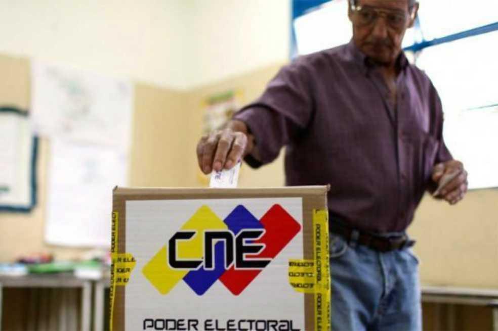 Reubican casi 300 centros de votación en Venezuela en vísperas de comicios