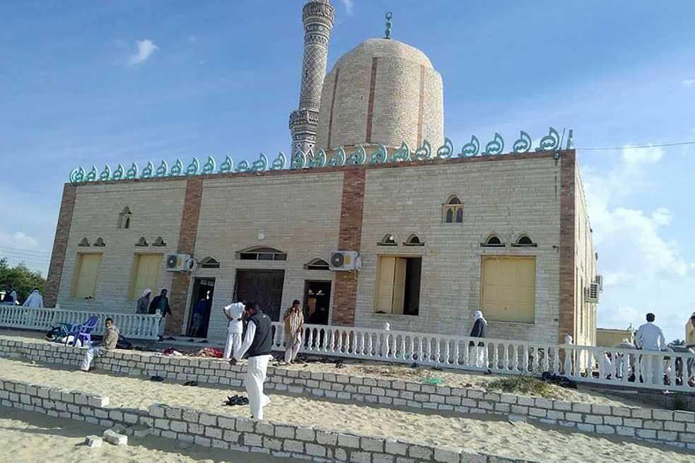 Al menos 235 muertos ha dejado ataque contra una mezquita en el Sinaí egipcio