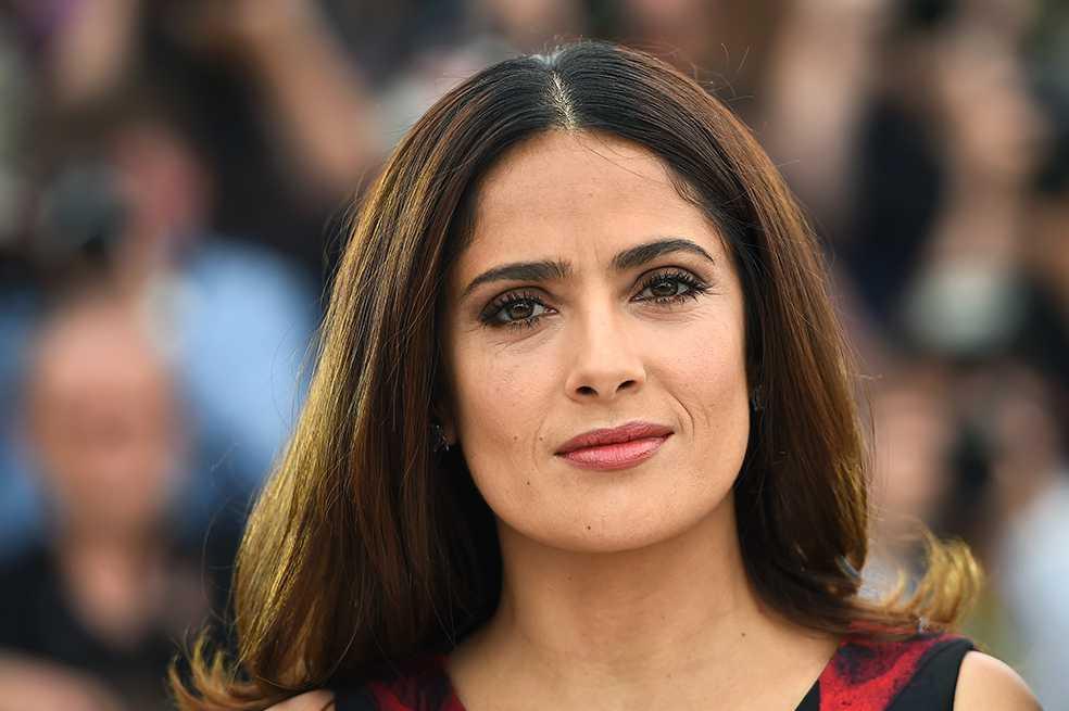Salma Hayek denuncia que Harvey Weinstein la amenazó y presionó para grabar escenas de sexo