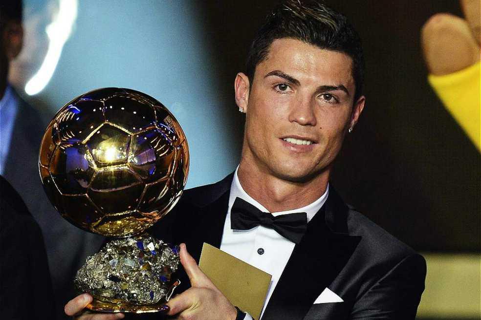 Cristiano Ronaldo podría alzar este jueves su quinto Balón de Oro