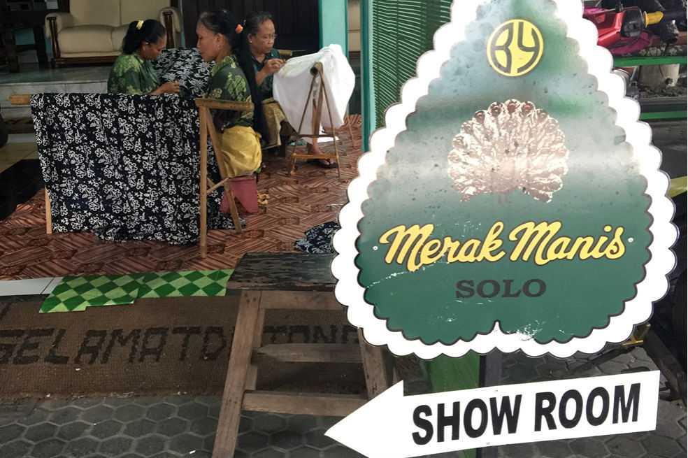 ¿De qué se trata la técnica de tejidos Batik de Indonesia y por qué está en vía de extensión?
