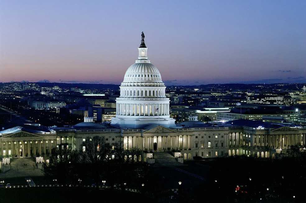 Oposición demócrata acepta votar para reabrir el gobierno de EE.UU.