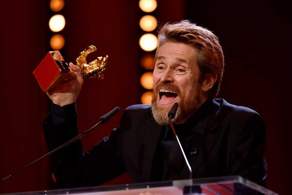 Willem Dafoe es reconocido con el Oso de Oro en la Berlinale