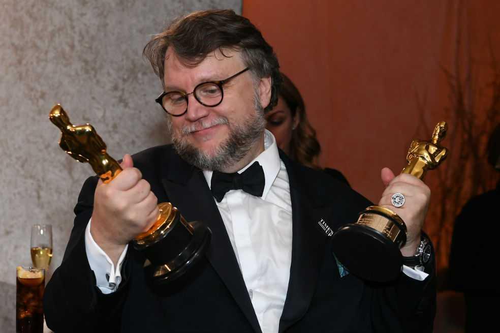 Guadalajara, cuna de Guillermo del Toro, celebra los Óscar para su hijo pródigo
