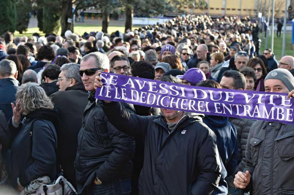 Florencia y el mundo del fútbol dan su último adiós a Davide Astori