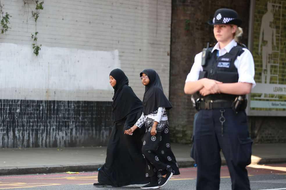 Mil niñas habrían sido víctimas de pederastia en el Reino Unido