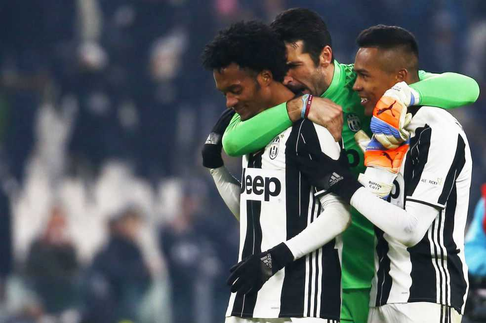Elogio de Cuadrado a Buffon: «Un privilegio haber jugado y compartido con un grande»