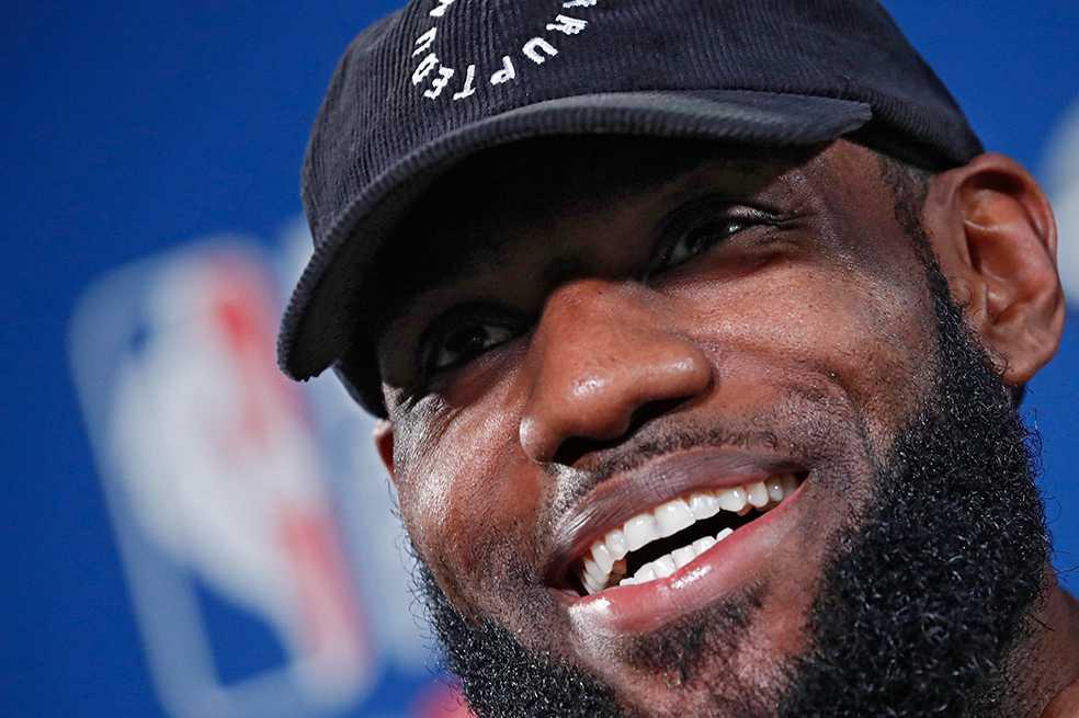 LeBron James, feliz porque jugar con Lakers le facilita trabajar en Hollywood