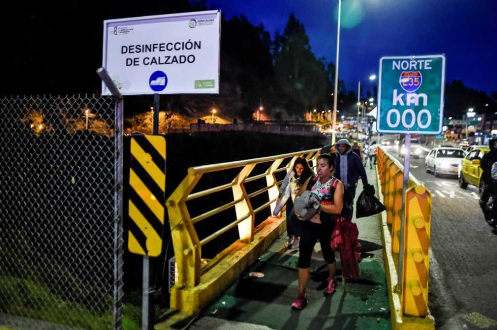Ecuador abre «corredor» para agilizar llegada de venezolanos a Perú