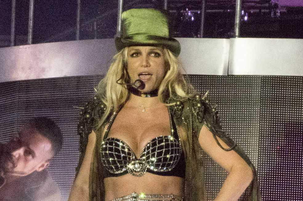 Abuchean a Britney Spears por confundir la ciudad donde actuaba
