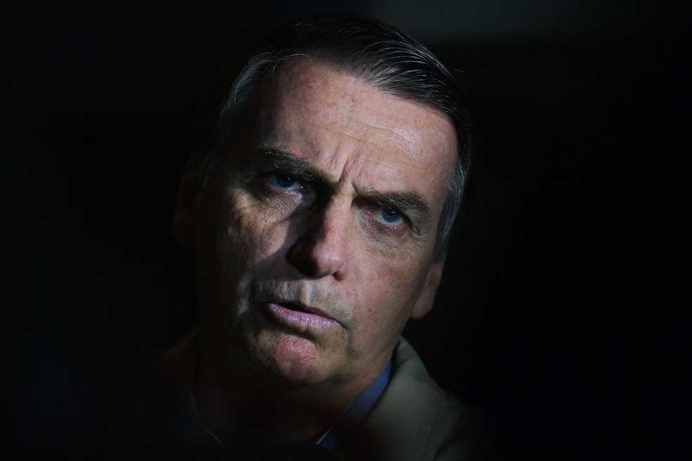 ¿Justicia brasilera dejará pasar el escándalo de noticias falsas de Bolsonaro?