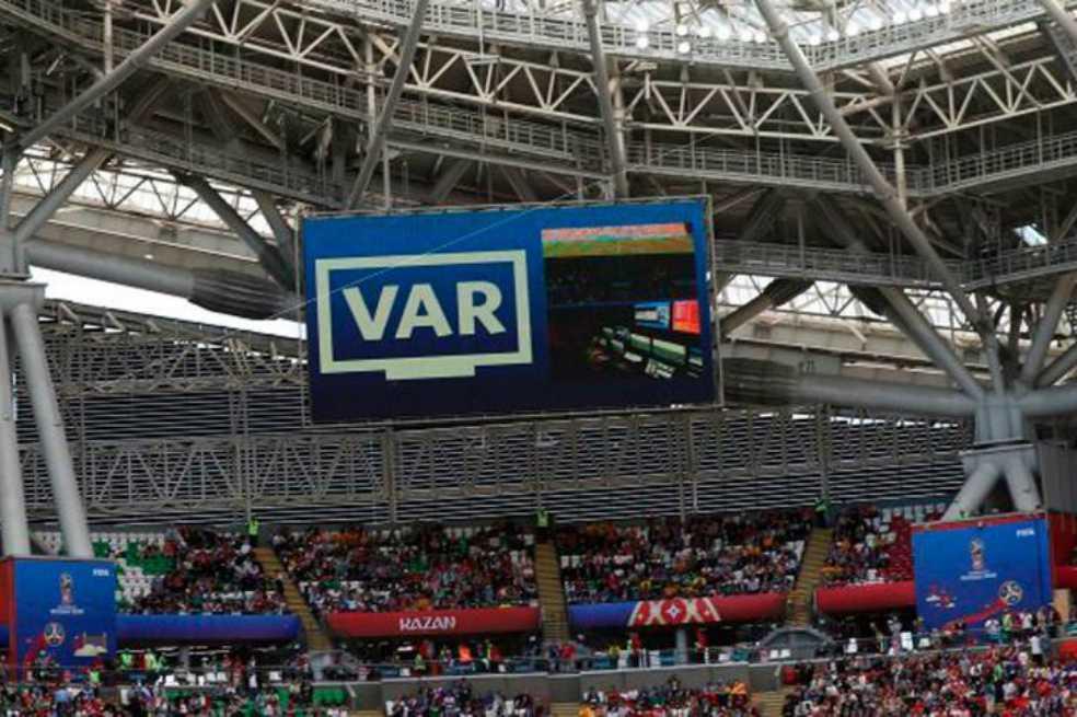 Los clubes de la Premier League acuerdan el uso del VAR para la próxima temporada