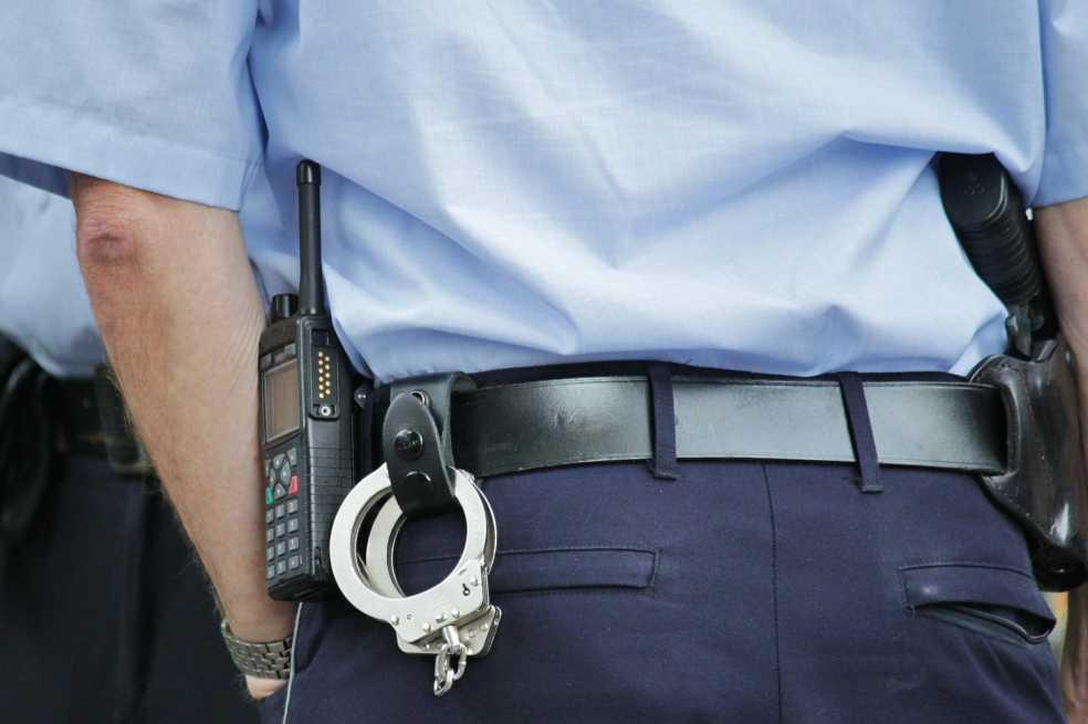 Alcalde de Río de Janeiro repartió mil pistolas eléctricas entre sus guardias