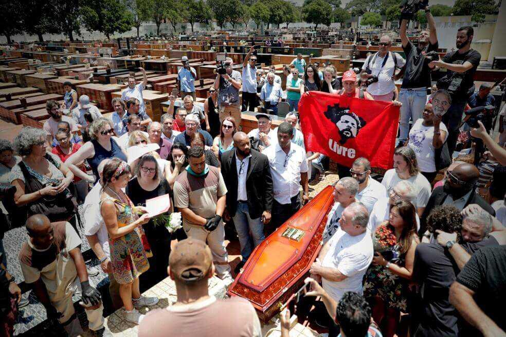 Lula desistió salir de prisión por muerte de su hermano